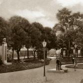 main town square with the bust of Antun Nemčić, 1907