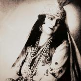 Nina Vavra in a gipsy costume, early 20th century